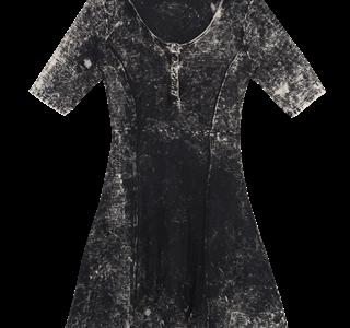 Vestido com manga curta - De R$ 139,99 Por R$ 99,99 - Zinzane (Copy)