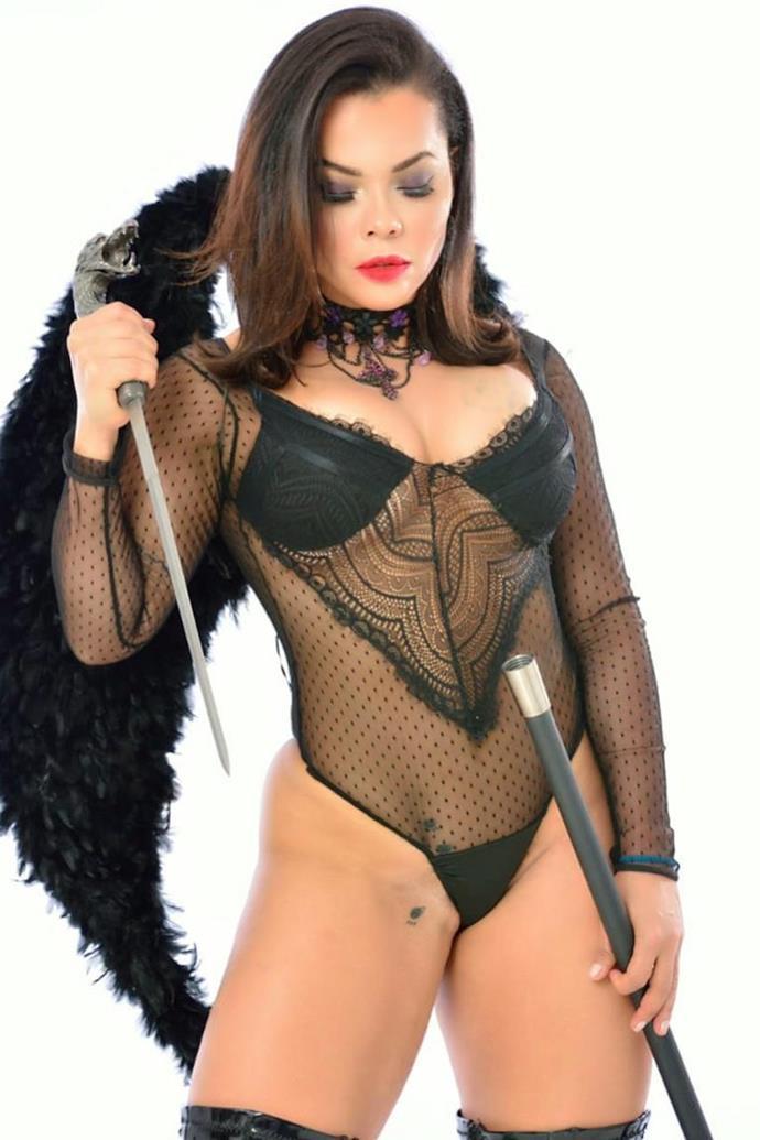 Musa fitness e atriz Michelly Boechat.