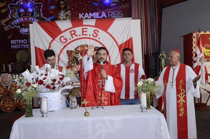 Porto da Pedra comemora 42 anos com missa
