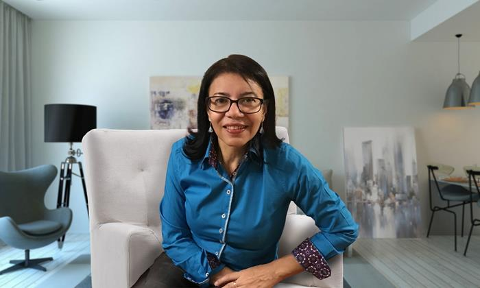 Isa Colli, gestora da editora Colli Books